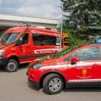 Die beiden neuen Fahrzeuge: von der Stadt und vom Förderverein