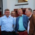 Ministerpräsident Stephan Weil mit Bürgermeister Dr. Gans, Stadtbrandmeister Klaus-Dieter Schröder und Ortsbrandmeister Bernd Wiedemann (v.r.n.l.)