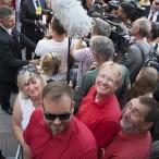 Auch wenn es eng war: Thomas Gans wollte wie Bärbel Rien, Ingo Fiedler und Uwe Speit dem SPD-Kanzlerkandidaten Martin Schulz die Hand schütteln - vor allem nach diesem überzeugenden Auftritt.
