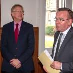 Bürgermeister Dr. Thomas Gans und Innenminister Boris Pistorius