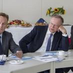 Aufmerksame Zuhörer bei der Vorstellung der Exide: Thomas Oppermann, Stephan Weil und Thomas Gans          ---   Fotos: Karl Heinz Bleß