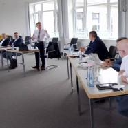 Ein-Harz-Geschäftsführer Frank Uhlenhaut begrüßt die Teilnehmer der Veranstaltung